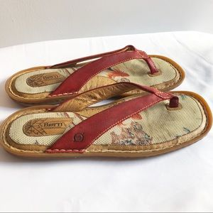 Born leather  flip flop sandal  very nice 11 43